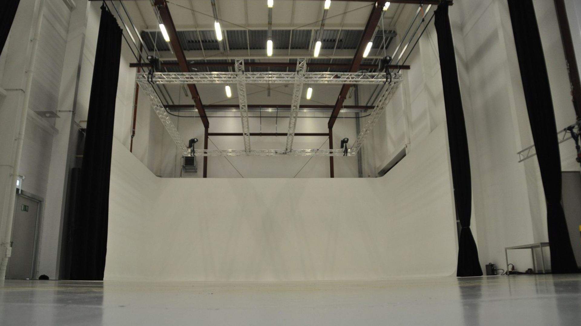 TMT Filmstudio Studio 2 mit 13 Meter Raumhöhe